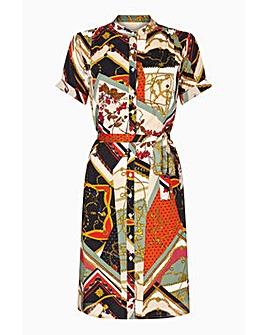 a28518bef3facc Yumi Curves Retro Chain Shirt Dress