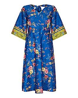 Yumi Curves Floral Print Kimono Dress