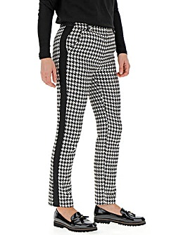 Houndstooth Side Stripe Tapered Trousers