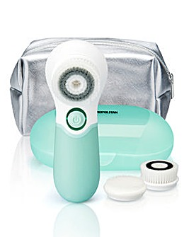 Cosmopolitan Facial Cleansing Brush Set