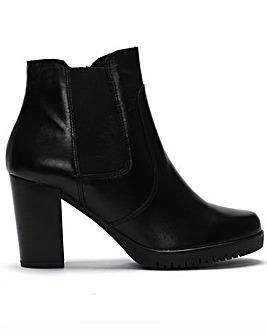 Daniel Lagena Leather Chelsea Boots