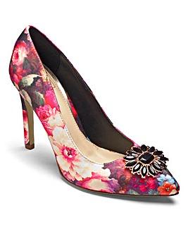Sole Diva Court Shoes D Fit