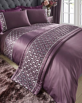 Crystal Amethyst Quilted Runner