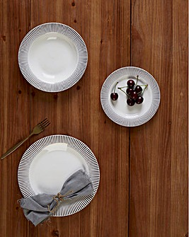 Avie Spoke 12 Piece Porcelain Dinner Set