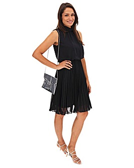Black Pleated Sleeveless Dress