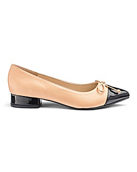 Pointed Toe Ballerinas E Fit