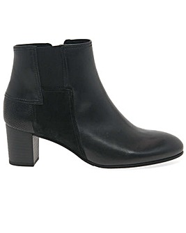 Gabor Nuthatch Wider Fit Ankle Boots