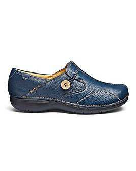 Clarks Un Loop Shoes D Fit