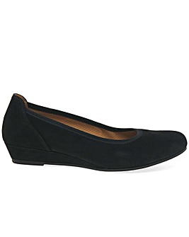 Gabor Chester Womens Low Wedge Pumps