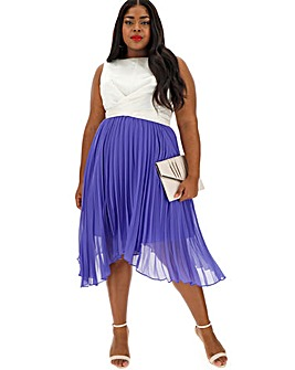 35a59eefe4 Oasis Curve Pleated Midi Dress