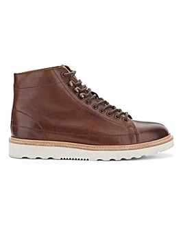 Arlo Premium Monkey Boot Standard Fit