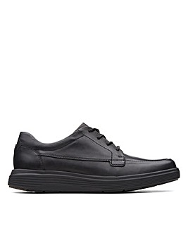 Clarks Unstructured Un Abode Ease Standard Fitting Shoes