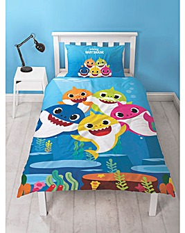 Baby Shark Reversible Duvet Set