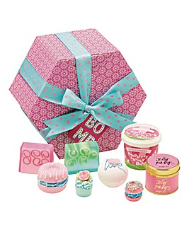 Bomb Cosmetics The Hat Box Bath Bomb Gift Set
