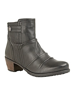 Lotus Frazetta Slouched Ankle Boots