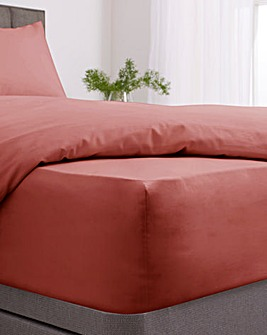 Responsibly Sourced Easy-Care Plain Dye Fitted Sheet