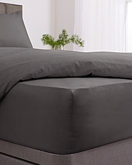 Responsibly Sourced Easy-Care Plain Dye Extra Deep Fitted Sheet