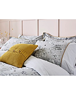 Joules Imogen 180 Thread Count Cotton Pillowcases