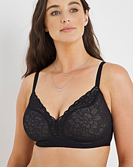 Triumph Fit Smart Lace Non Wired Padded Plunge Bra