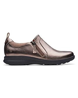 Clarks Un Adorn Zip Shoes D Fit