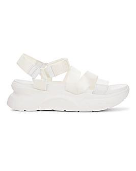 Ugg LA Shores Sandals Standard D Fit