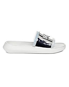 Ugg Hilama Slider Sandals Standard D Fit