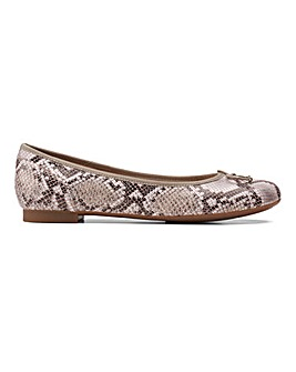 Clarks Couture Bloom Ballerina Shoes Snake Print Wide E Fit