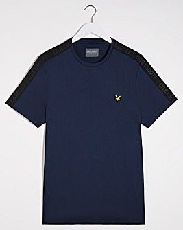 Lyle & Scott Sport Tape Stretch Tee