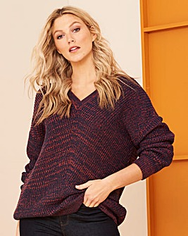 Navy/Coral Twist Yarn V Neck Jumper