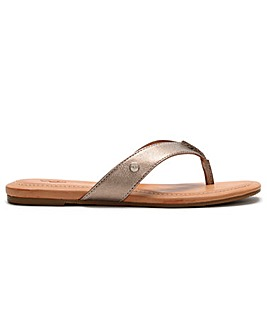 UGG Tuolumne Leather Flip Flops