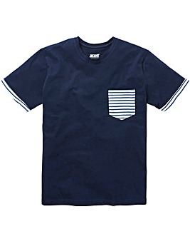 Pocket Detail Navy S/S T-Shirt L