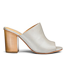 Sole Diva Leather Mule Sandal EEE Fit
