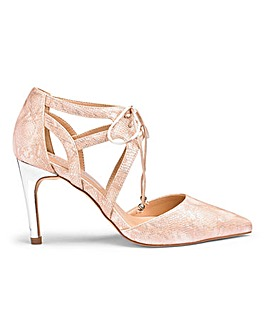 Jaclyn Tie Court Shoe Wide Fit