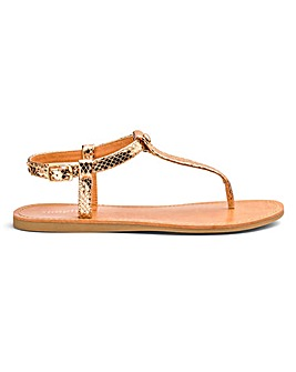 Valerie Basic Toepost Sandal Wide Fit