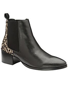 Ravel Saxman Leather Ankle Boots