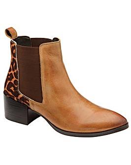 Ravel Saxman Slip On Ankle Boots