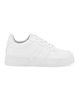 Sporty Flatform Trainer Standard Fit