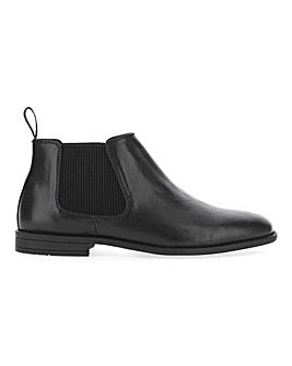 Everett Leather Look Chelsea Boot W Fit