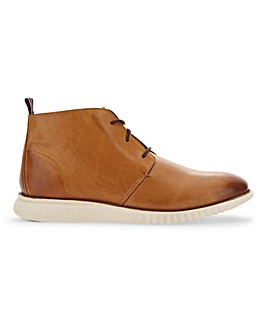 Wensley Leather White Sole Chukka Boot Standard Fit