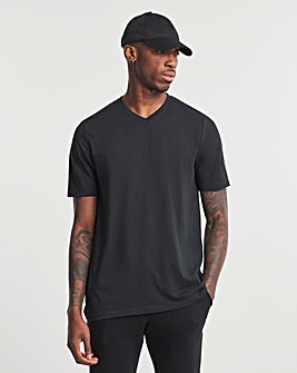 Black V-Neck T-shirt Regular