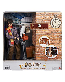 Harry Potter Platform 9 3/4 Playset, Doll and Accessories