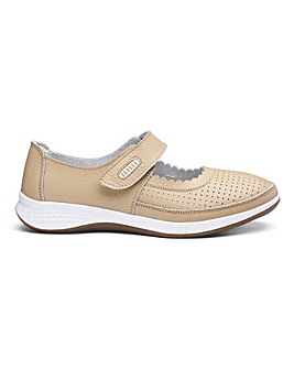 Leather Touch and Close Bar Shoes Standard D Fit