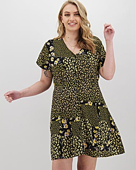 Ditsy Floral Button Through Tea Dress