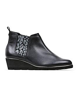 Van Dal Russet Wide E Fit Ankle Boots