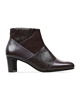 Van Dal Galloway Wide E Fit Ankle Boots