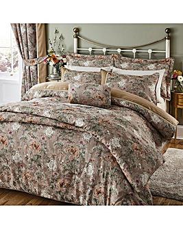 Isabelle Jacquard Comforter Set