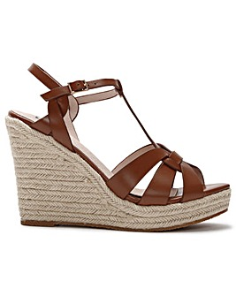 DF By Daniel Amberna Cut Away Sandals