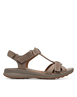 Clarks Unstructured Un Adorn Vibe Standard Fitting Sandals