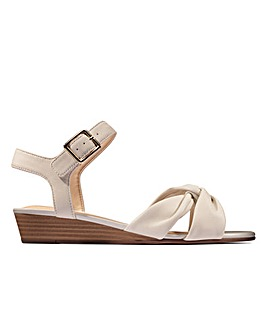 Clarks Sense Strap Standard Fitting Sandals