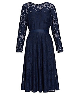 Gina Bacconi Ronda Stretch Lace Dress